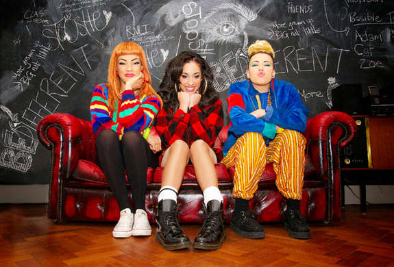 Stooshe Black Heart Lyrics