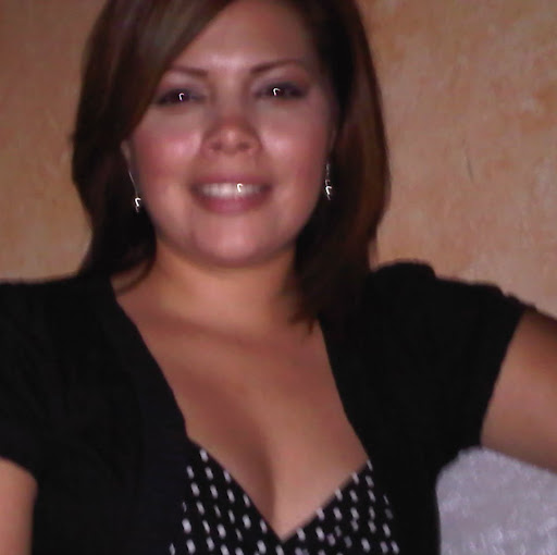 Yvette Zuniga Photo 16
