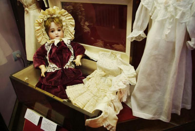 игры, игрушки, антиквариат, куклы, мишки, XX век, история