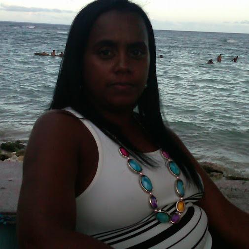 Arelis Lora Photo 3