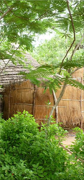 Baño adosado a la Cabaña - Campement de Badian