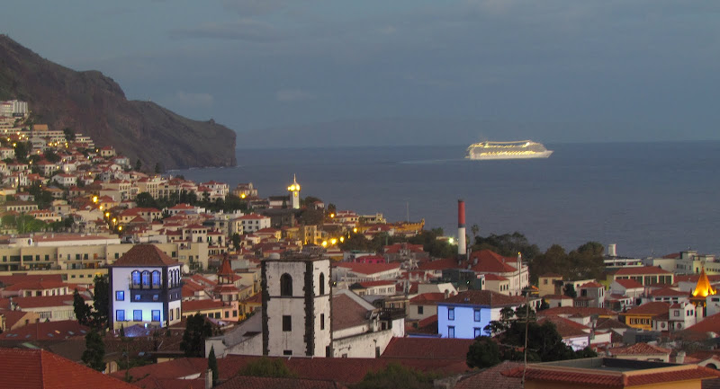 MSC Poesia shows Funchal city