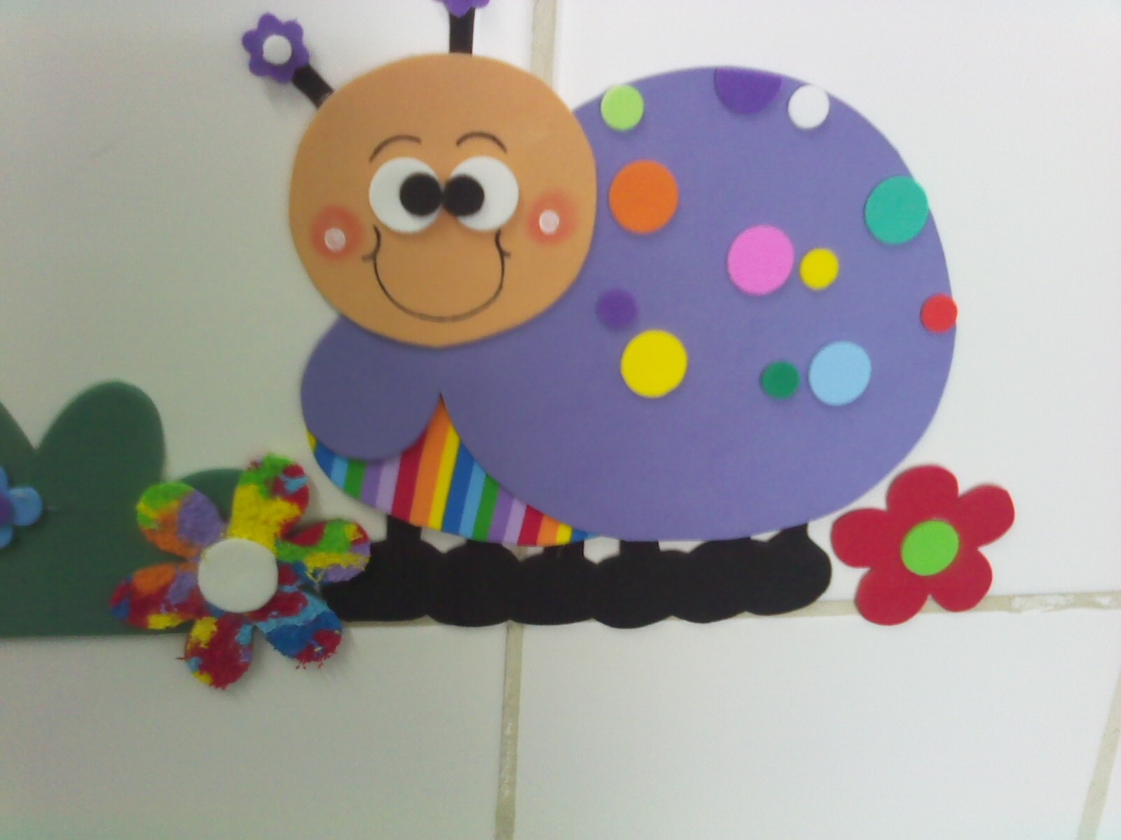 Decoração em EVA Joaninha Colorida -> Decoracao De Banheiro Infantil Em Eva