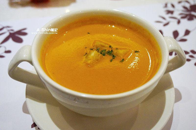 台中義大利餐廳-聖娜朵義式食尚-1
