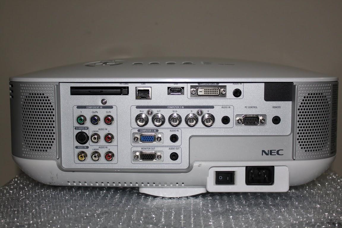 Nec Np2000 3lcd Digital Multimedia Projector 800 1 Xga border=