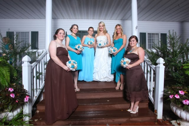Burlap and Lace Wedding Bouquets