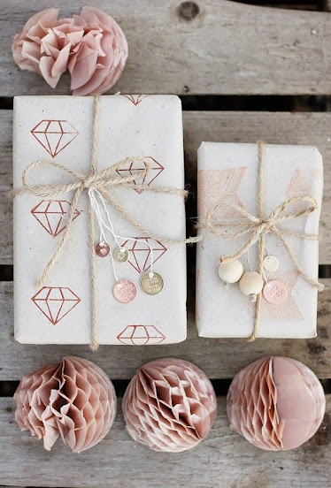 paper balls gift wrapping