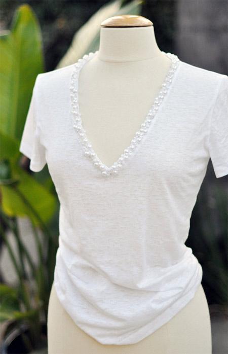 customização de camiseta bordada