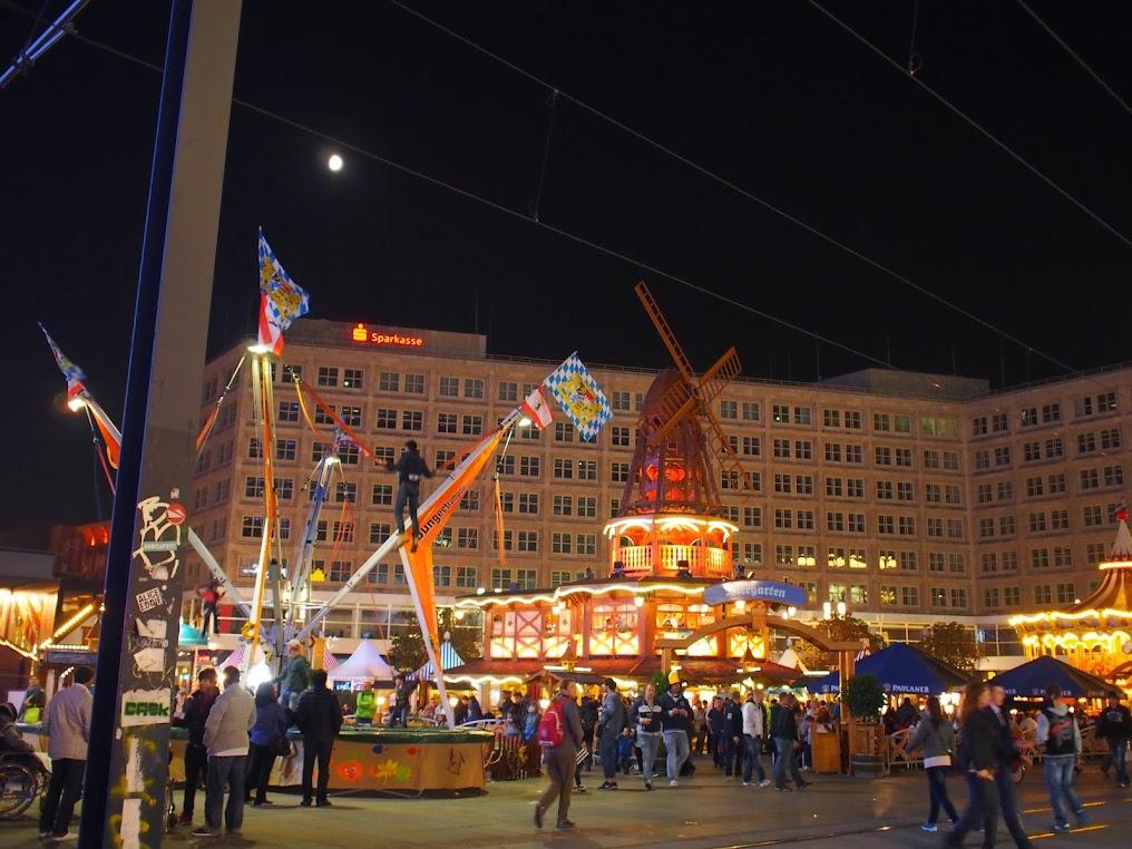 Alexanderplatz Oktoberfest Berlin