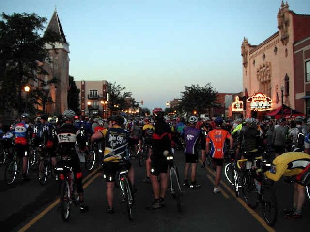 Starting line of the Dirty Kanza