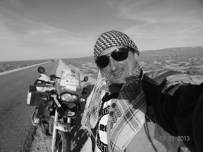 Marrocos e Mauritãnia a Queimar Pneu e Gasolina - Página 7 DSC06115