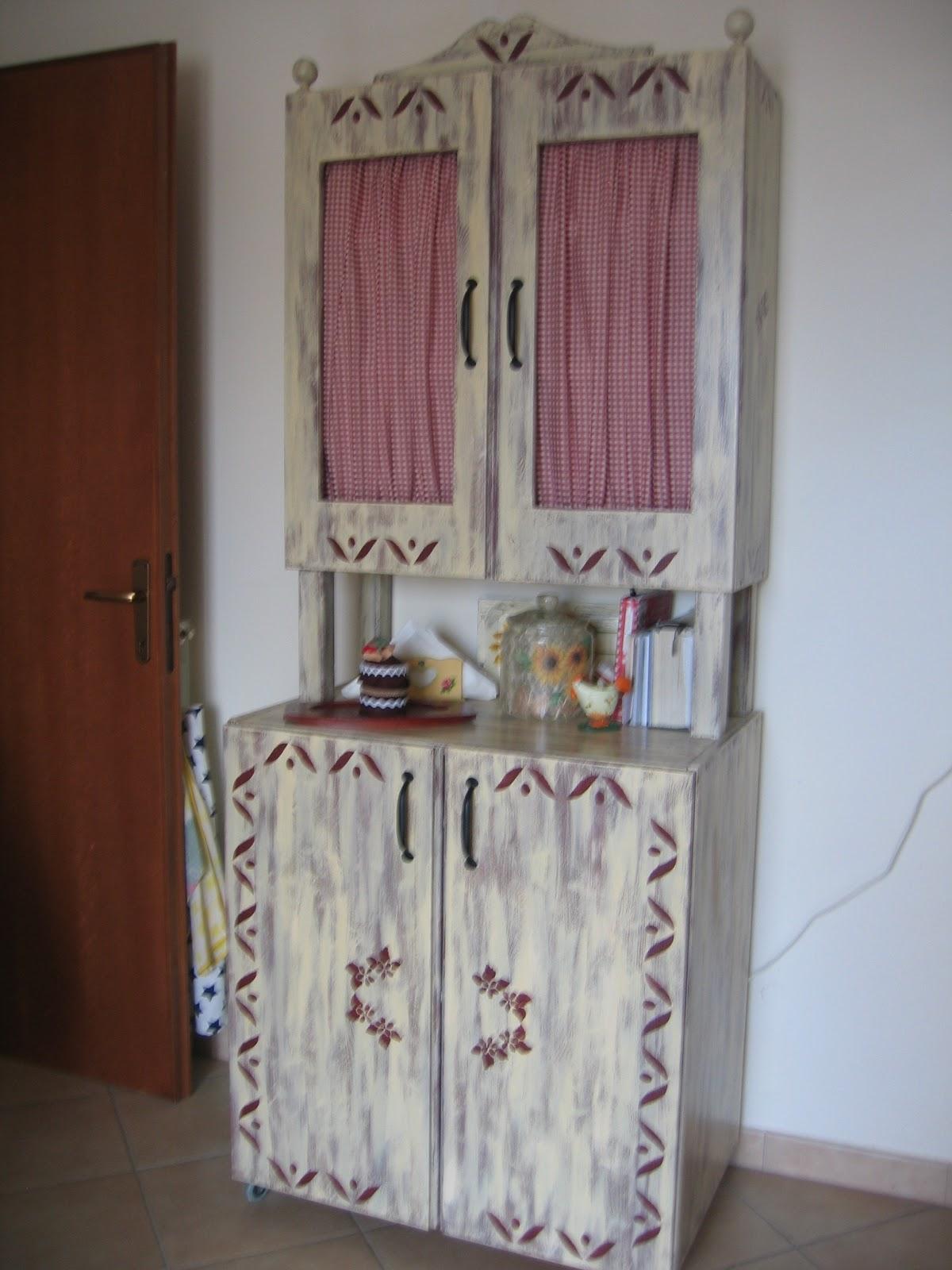 Piccole Cose di Prisca: L\'arte del restauro...cucina cameretta e ...