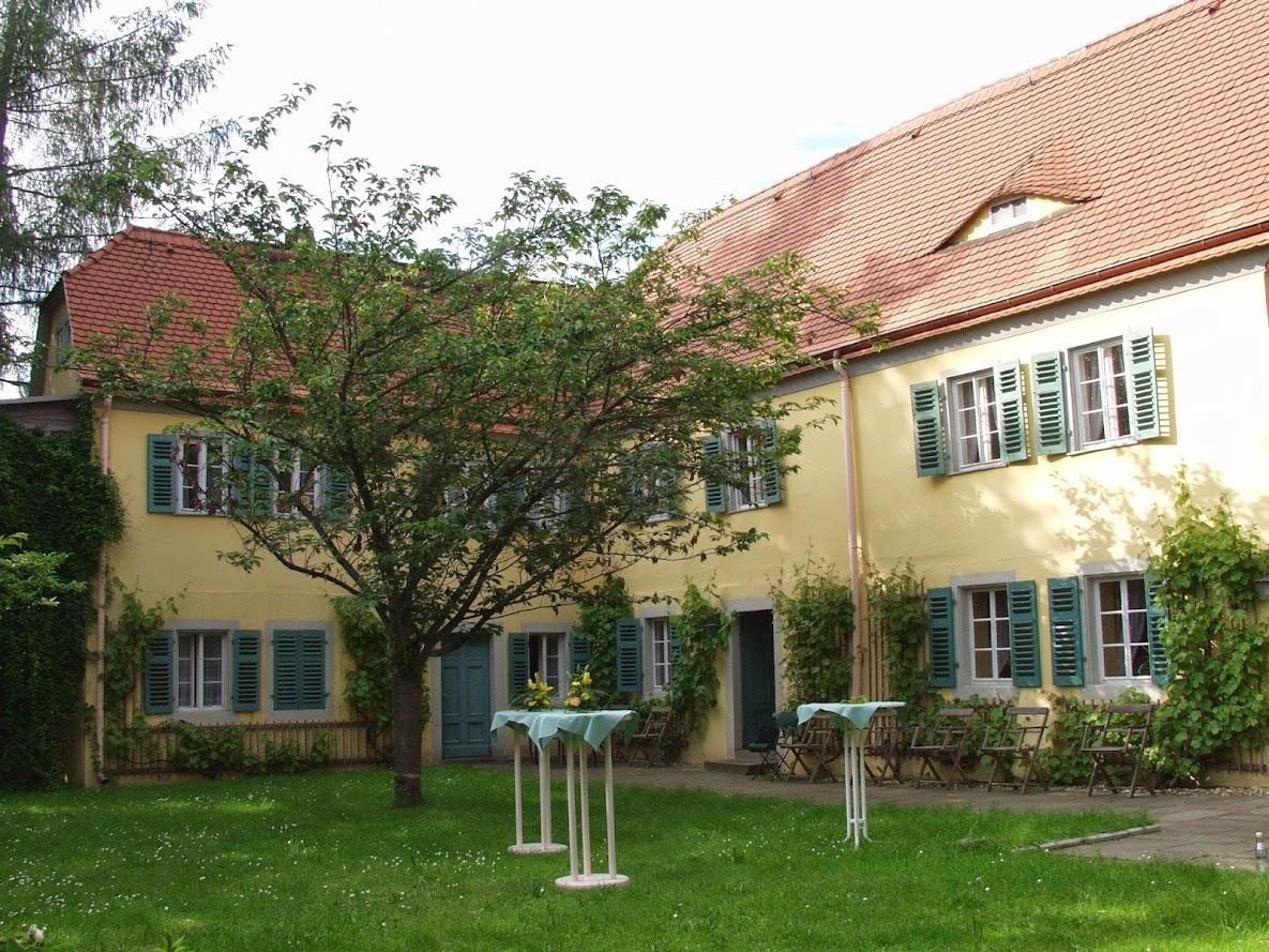 Der Garten des Carl-Maria-von-Weber-Museums in Dresden-Hosterwitz bei Pillnitz
