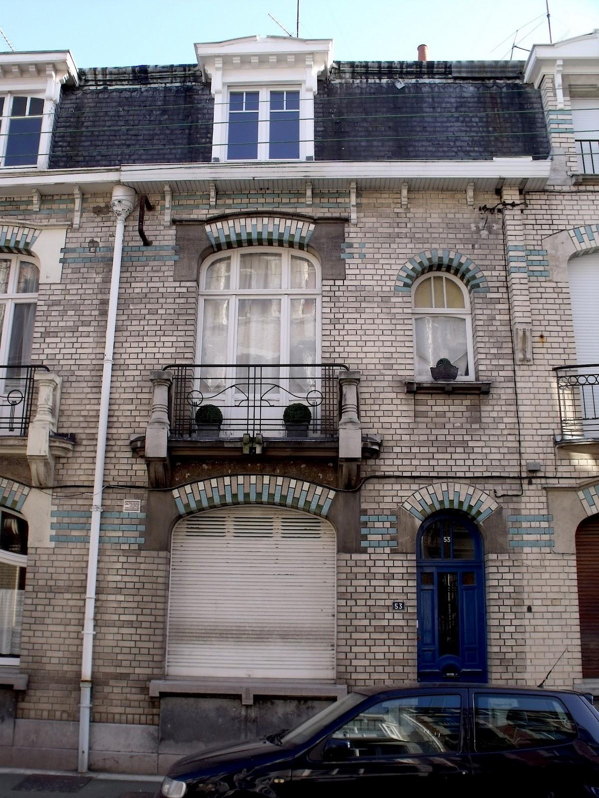 Lille l 39 art nouveau et l 39 art d co la madeleine rue for 82 rue brule maison lille