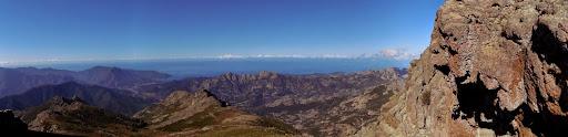Vue à l'approche du sommet vers l'Ouest (Galeria, Argentella, ...)