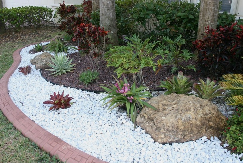Southeast florida garden evolvement front garden finished for Large white landscaping rocks