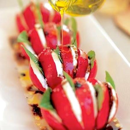 Салат капрезе - рецепт с фото