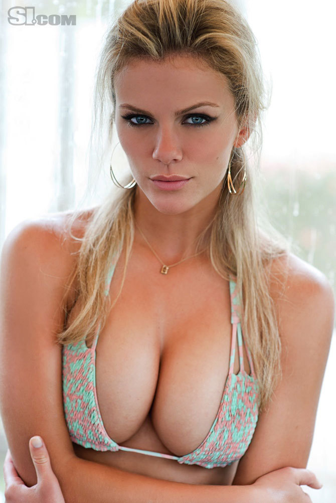 si hottie brooklyn decker