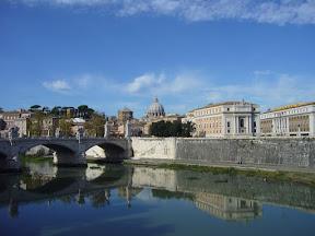 https://picasaweb.google.com/111896560775944191769/Rome2009