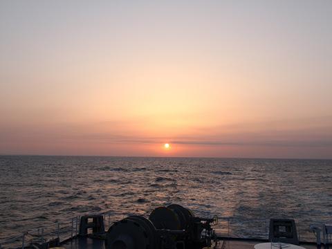 太平洋フェリー「いしかり」 3日目 日の出 その1