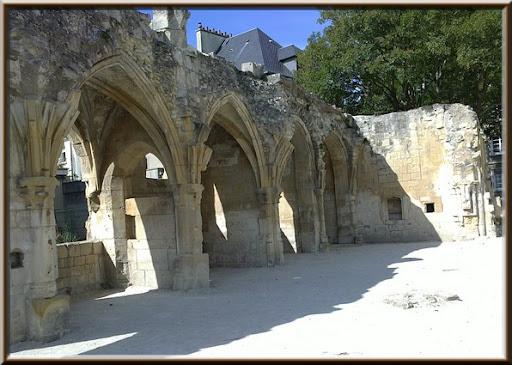 vestiges Saint Gilles