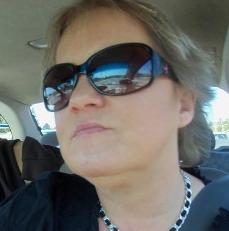 Donna Lindell Photo 7