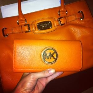 Dliteful Trends Treat For Myself Orange Michael Kors Wallet