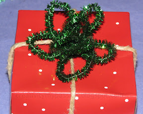 Pipe cleaner/Glitter stick package toppers