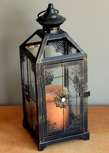 Bronze lantern available for rent from www.momentarilyyours.com
