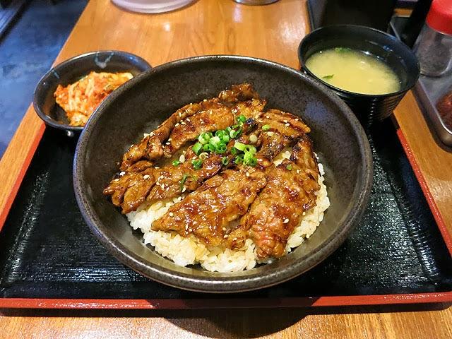 牛カルビ丼大盛りセット