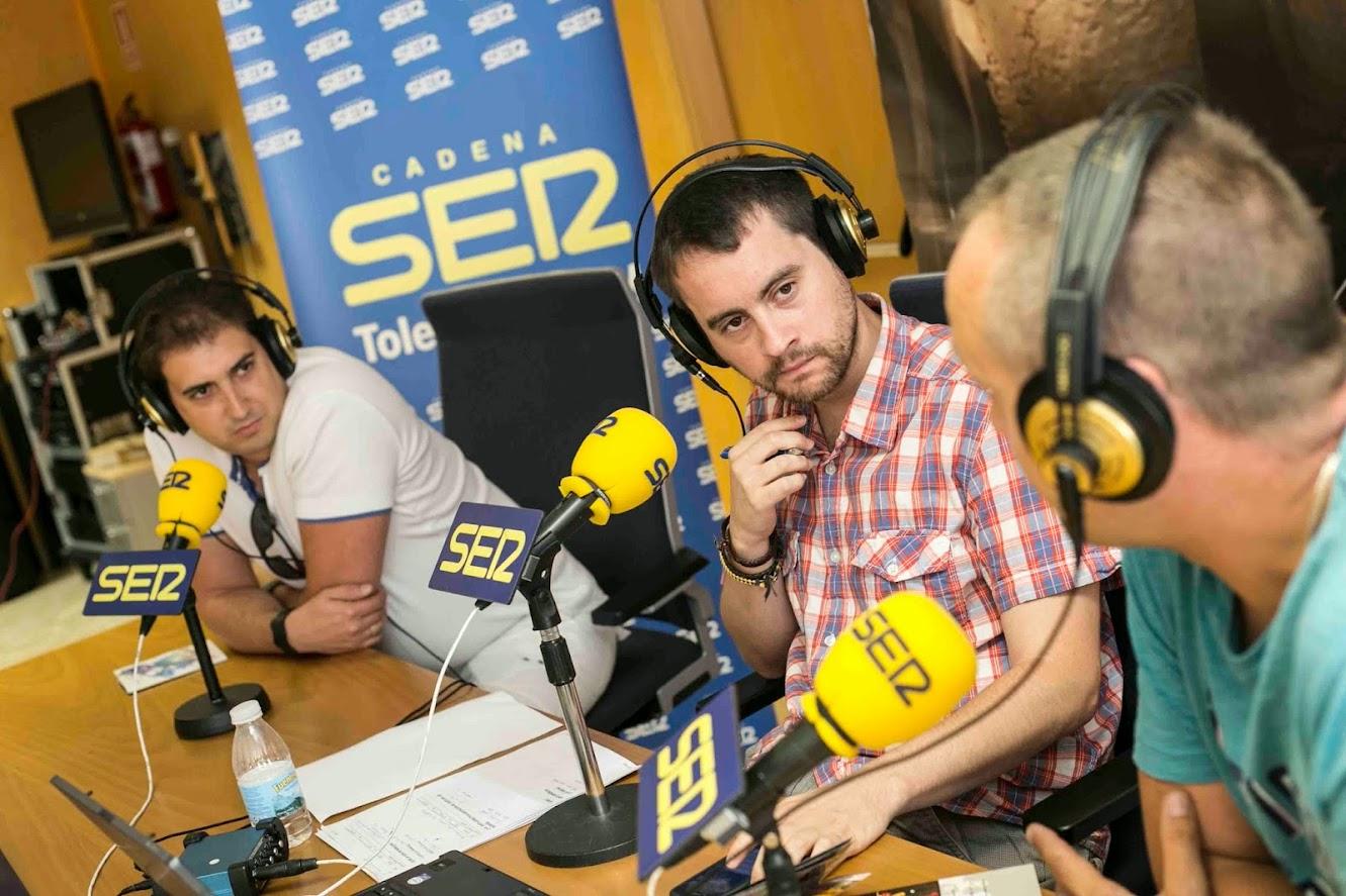 Comisión de festejos de Noblejas entrevistados en la radio