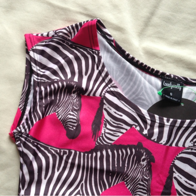 LovelySally Pink Zebra Print Crop Top