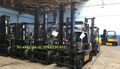 Xe nâng điện 3 tấn IZU