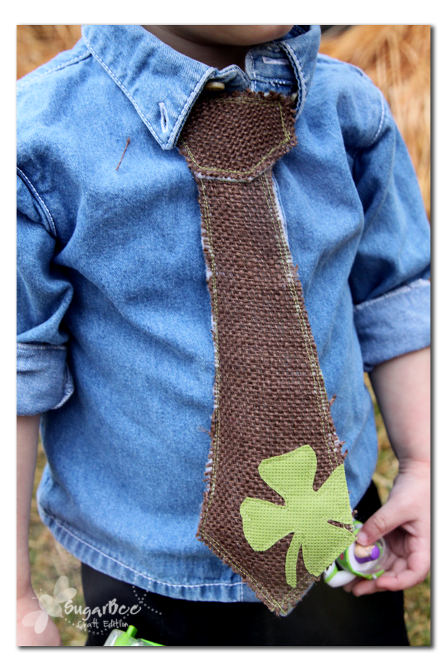 Faux Boys' Tie | Easy St Patrick's Day Decorations | Sewing Projects | Featured