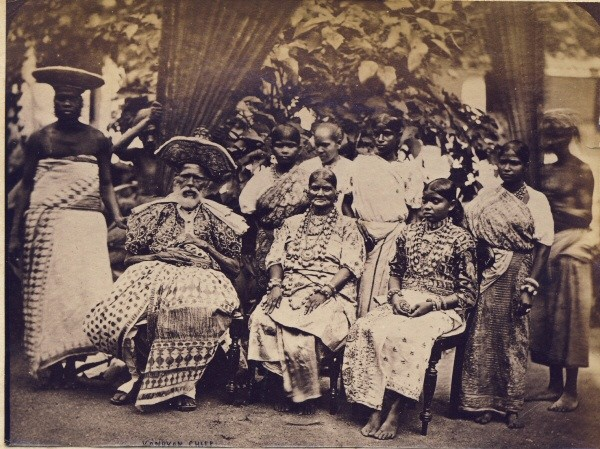 Family Photograph of a Kandyan chief - Ceylon (Sri Lanka) 1880's