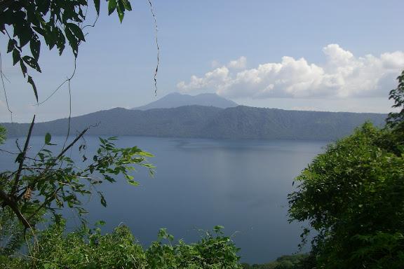 La laguna de Apoyo dans Ballades en Nicaragua
