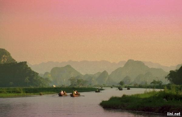Núi Hồng Lĩnh ở xứ Nghệ
