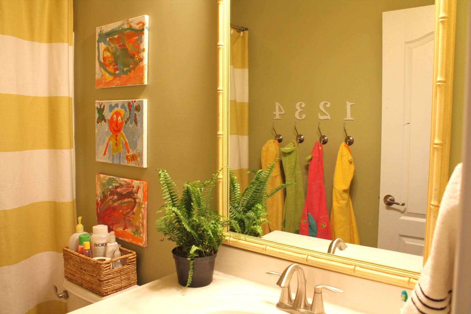 Kids bathroom ideas for boys and girls - My Kids Bathroom Creating A Shared Space