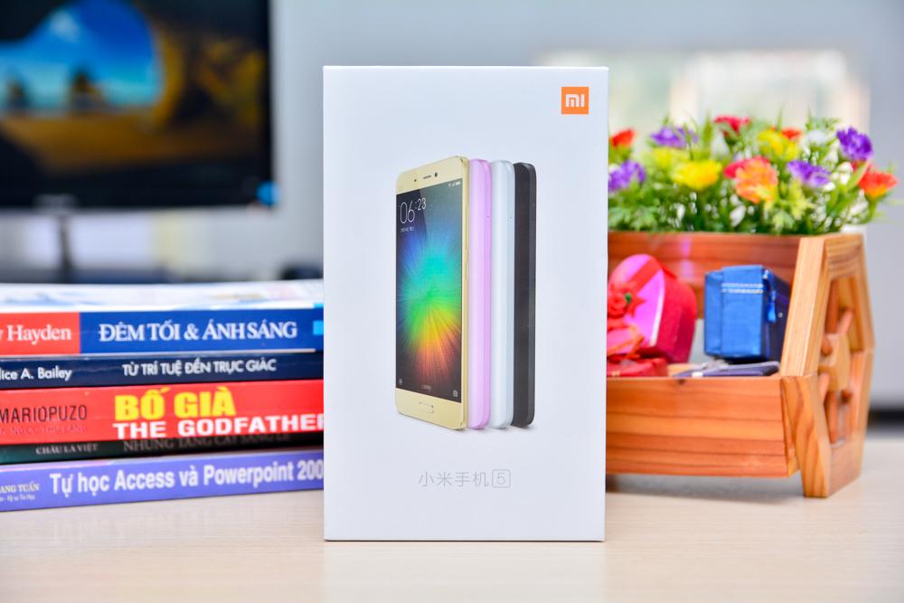 Hình ảnh khui hộp Xiaomi mi5 tại Việt Nam với giá bán trên 10 triệu đồng - 112926