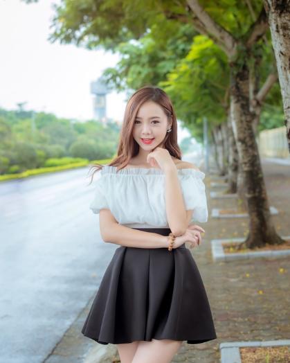 xinhgai.biz quynh kool live stream lo num5 - HOT Girl Quỳnh Kool Năng Động Gợi Cảm - Kem Xôi TV