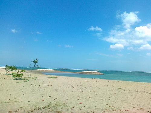 pantai daerah kuta bali