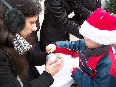 III Darłowska Laponia Darłowoi Rynek przed Ratuszem Świąteczny kiermasz dla dzieci i młodzieży