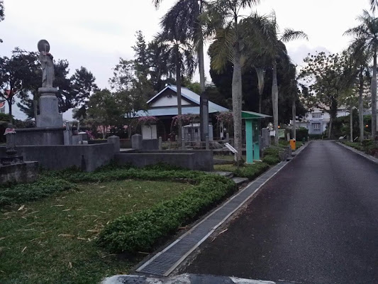 Japanese Cemetery Park, 825B Chuan Hoe Ave, Singapore 549853