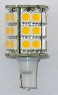 led light with rv wedge base for 360 degree application
