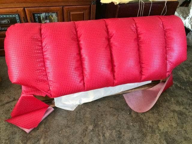 塑膠皮沙發