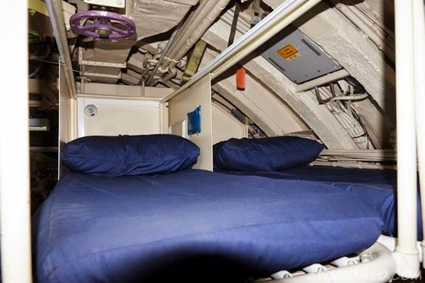 katil untuk krew anak kapal selam