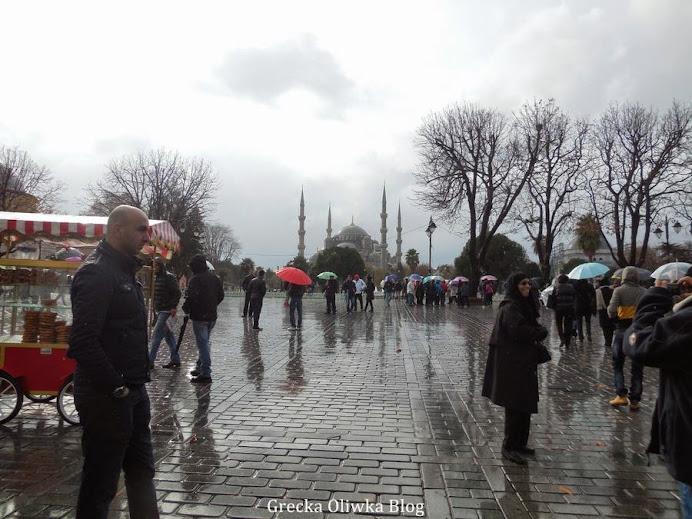 mokra ulica, Błękitny Meczet