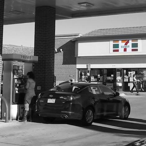 convenience store 7-Eleven