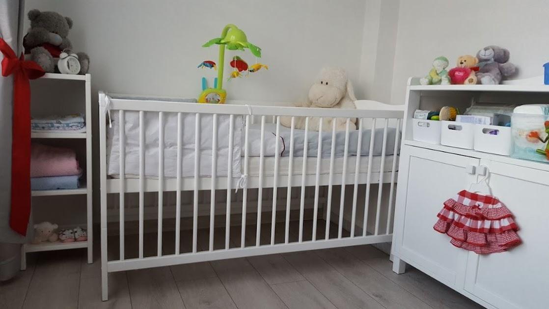 zestaw mebli do pokoju niemowlaka
