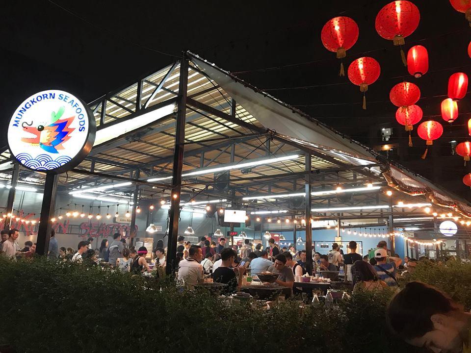 Review cho bạn nào thích sang Thái Lan ăn bufet hải sản không giới hạn